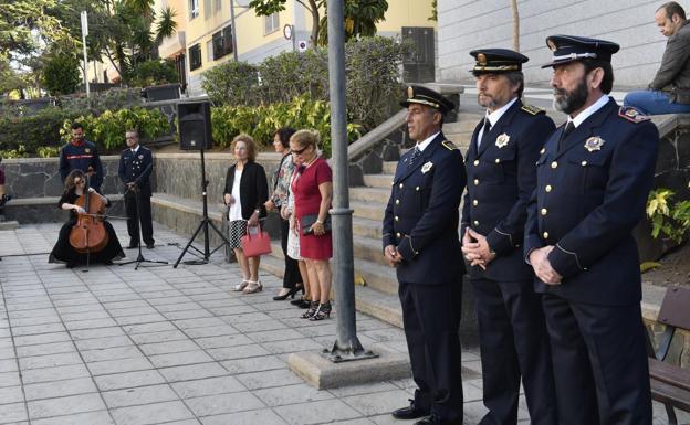 El INSS pagará 100.000 euros de pensión a una de las viudas de los bomberos fallecidos en La Naval